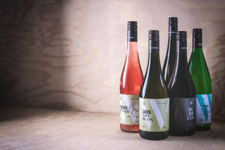 Design der Etiketten vom Weingut aus Edesheim, Pfalz - Design der Etiketten, Logo und Branding, Weinmarketing von der Designagentur Yummy Stories