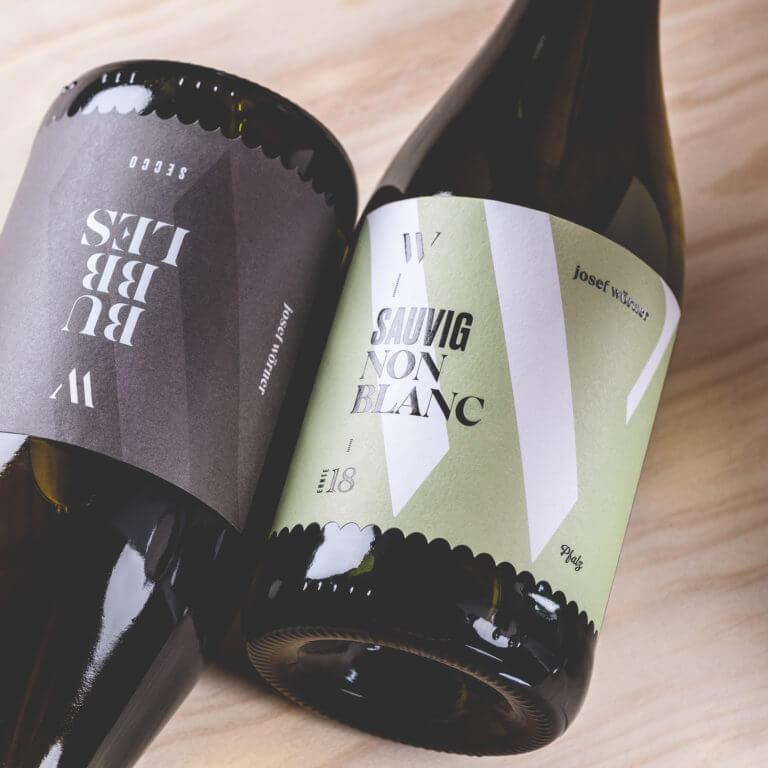 Weinflasche vom Weingut Josef Wörner - Edesheim Pfalz - Design der Etiketten, Logo und Branding, Weinmarketing von der Designagentur Yummy Stories