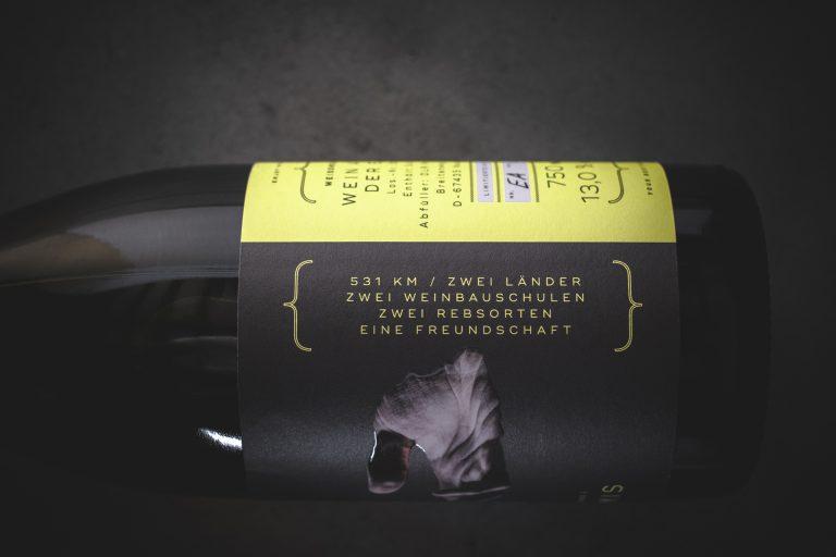 Weinetiketten Design für den Wein Deux Amis von der Designagentur Yummy Stories aus Edesheim in der Pfalz